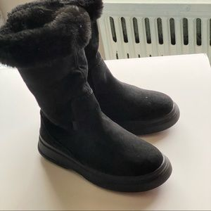 🆕 Zara Kids Black Boots Size US 1